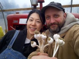 Samsara Fields two of us with garlic heads 2014 spring