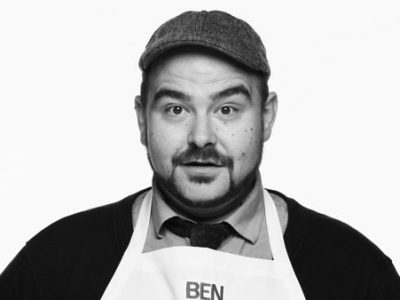 Stand-up comedian Ben Miner gives a cooking demo of his Garlicky Potato Wedges at TGF 2016.