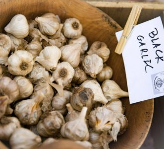 black garlic, garlic variety, types of garlic